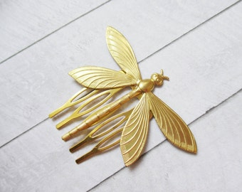 Gold dragonfly hair comb Gold insect hair comb Brass Nature Wedding Bridesmaids Bridal Gifts for her Women Hair accessories