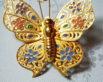 Butterfly pin Brooch with flowers goldtone