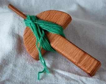 Andean Plying Tool in Red Oak for the Andean Plying Method for Spinners Spinning Yarn Thread String Making Saves Fingers