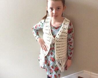 Crocheted fringe vest, hippie vest, boho vest, 70's vintage style,