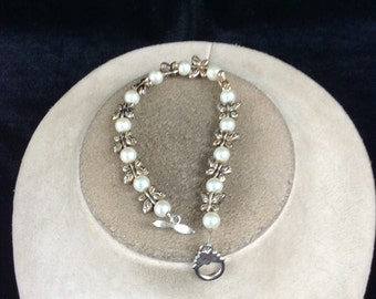 Vintage Hand Made Butterfly & Faux Glass Pearl Beaded Toggle Bracelet