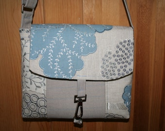 Messenger Bag - Medium