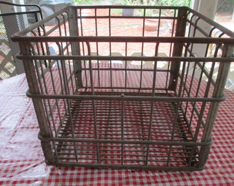 Metal Milk Crate, Wire Crate, Metal Box, Storage Box, Country Decor, Farmhouse, industrial