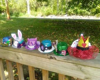 Alice in wonderland mini top hats