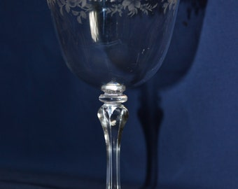 Wine glass stunning Etched bell shaped