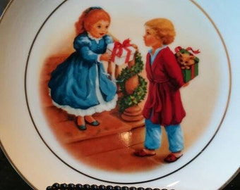 1984 Avon Christmas plate