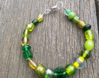 """8"""" Green With Envy Glass Bead Wire Bracelet"""
