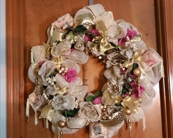 Beautiful Victorian wreath