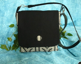 Black/Gray/White Bag, Medium Sized Bag, Messenger Bag, Crossbody Bag, Handbag, Purse, Adjustable Strap