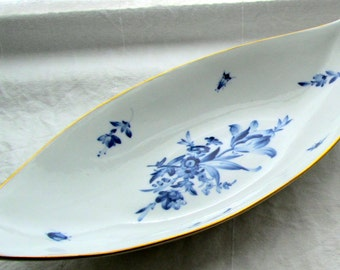 Antique Vintage Meißen Bowl - blue flowers + gold rim