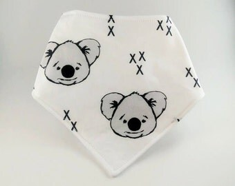 Bavoir bandana Koala Blanc Scandinave Bavette Bebe unisex/White Koala bear Scandinavian Bandana bib gender neutral