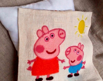 Free shipping! Pillow cower with a picture of Peppa Pig felted wool. Sale! Handmade. 30x30sm