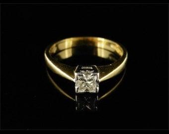 Fabulous 0.20CT Princess Cut Diamond 18CT Ring