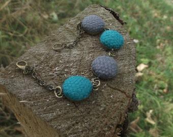 Emboidered bracelet