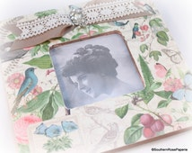 Picture Frame, Botanical, Cottage Chic, Shabby Vintage, Country Chic, French Chic Decor, Wood, Painted, Bird, Flowers, Farmhouse Chic