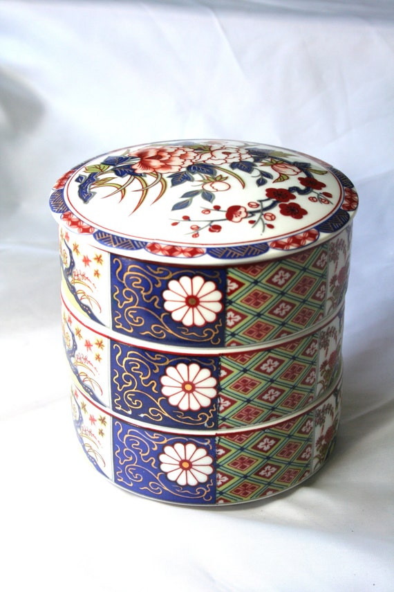 vintage otagiri japanese bento box colorful porcelain bento. Black Bedroom Furniture Sets. Home Design Ideas