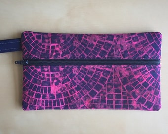 "Pencil Case ""Retro"" Print"