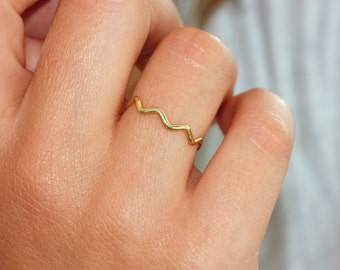 Zig zag gold ring, 14K solid gold ring, simple and modern ring, stacking ring, geometric ring, gold ring for women, AR117