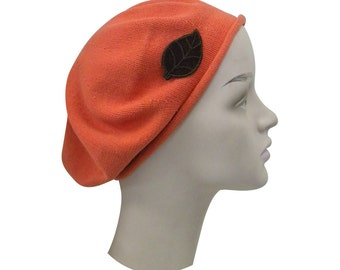 Ladies Beret Orange Carrot Beret Hat With SCute Brown Leaf Stylish Fashionable Comfortable Cotton Womens Hat