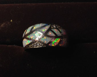 Stunning sterling silver opal inlay ring size 5