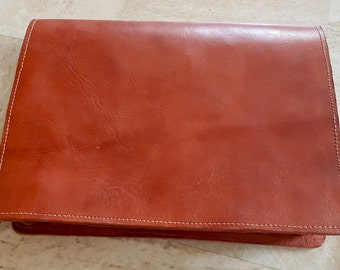 Handmade leather Vintage style ,Satchel/messenger bag in Tan