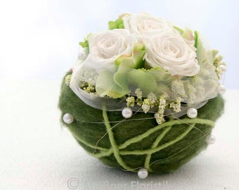 White Green arangement ball table decorations wedding