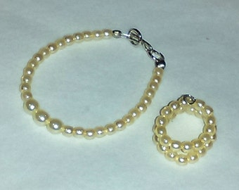 """Vintage Barbie Inspired Cream Pearl Graduated Pearl Necklace or Snake Bracelet for an 11 1/2"""" or 12"""" Doll"""