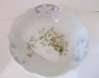 Made in Germany Small Cherry Stamped lustreware bowl featuring Daisies