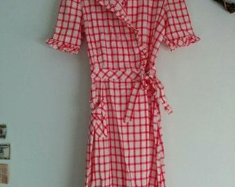 1940 1950 Ruth Adler Novelty Frocks housewife house dress house wrap robe