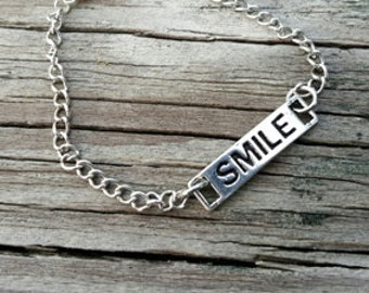 Smile Necklace - Simple Necklace