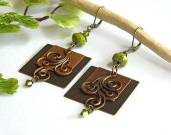 Green Dangle Earrings, Square Earrings, Cute Earrings for Women, Handcrafted Jewelry, Boho Chic Jewelry, Brass Earrings, Leverback Earrings