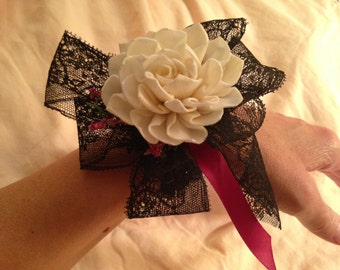 Folded Sola Flower and Lace Wristlet Corsage - Wrist Corsage - Wedding Corsage - Homecoming Corsage - Prom Corsage - Mother of the Bride