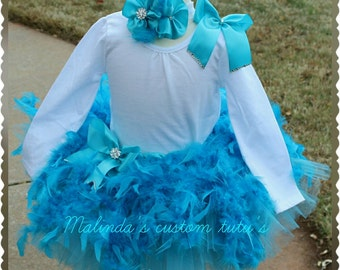 Boa feather tutu set with sparkling crystals.  Sizes 2t - 5t larger sizes 6×-14/16 available at addtional cost.