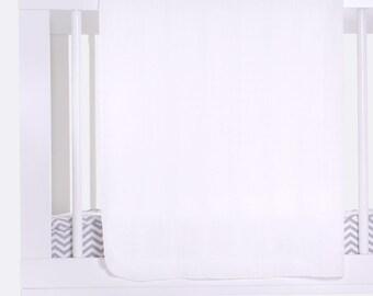 SALE ITEM / Bamboo Swaddle Blanket - White (bamboo gauze)