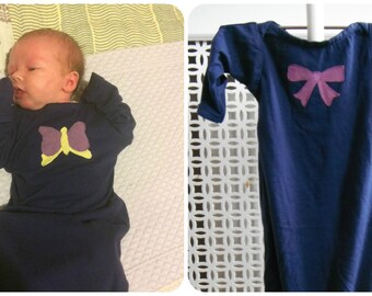 Baby nightshirt gown layette 0-5M navy with purple bow girls 100% cotton fold over cuff and elasticated bottom - New baby gift