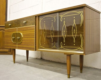 Rare Kitch Retro Teak & Walnut Effect Sideboard With Glass Doors