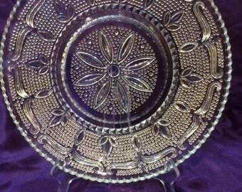 """Vintage Federal Glass """"Heritage"""" Round Serving Platter"""