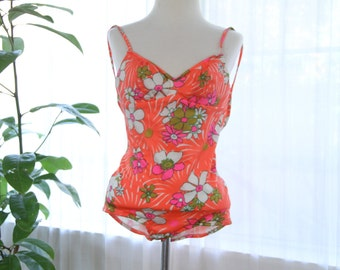 Mod/psychedelic 1960s swimsuit