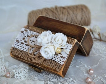 Wedding Ring Box Bearer Rustic Ring Holder Wooden Box Weddign ring Bear Lace Roses
