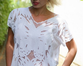White vintage lace top