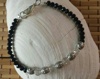 Black and transparent crystals bracelet