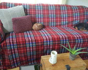 New Design No-Pill Fleece Red Plaid Couch Slipcover/SofaScarf Pet Throw. Only 1 available