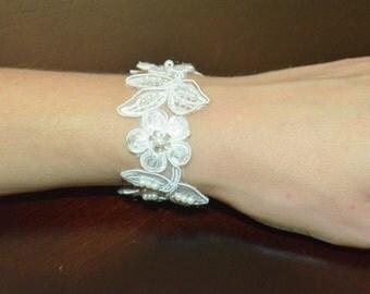 Wedding Bracelet, Lace bracelet, ivory bracelet