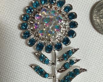 Crystal Flower Needle Minder