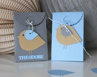 Box favors-themed bird - choice of colours - custom name
