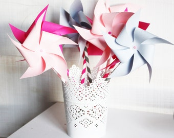 6 Mills paper mounted on assorted straws