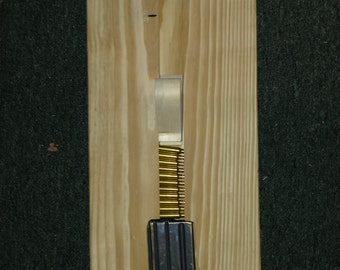 Wood AR-15 magazine speed loader