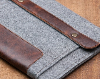 Grey Felt iPad Mini 2 Case with leather Pocket and button closure. Leather Cover for iPad Mini 1 2 3 4. iPad Mini Sleeve with felt & leather