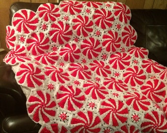 Crocheted Peppermint Swirl Throw