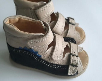 Gray natural leather shoes for kids